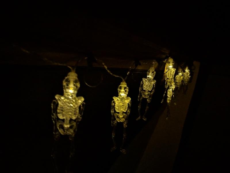 フライングタイガーの骸骨の照明