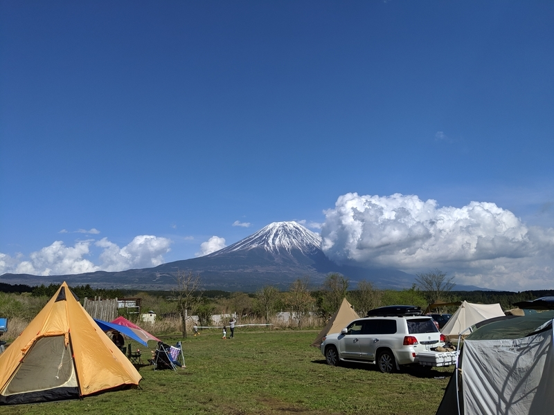 ふもとっぱらからの富士山