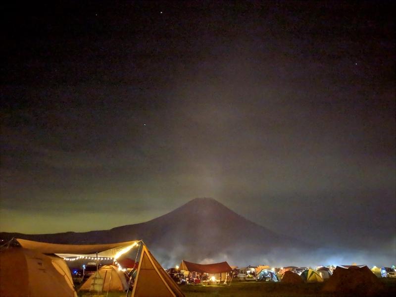 夜景モードで富士山