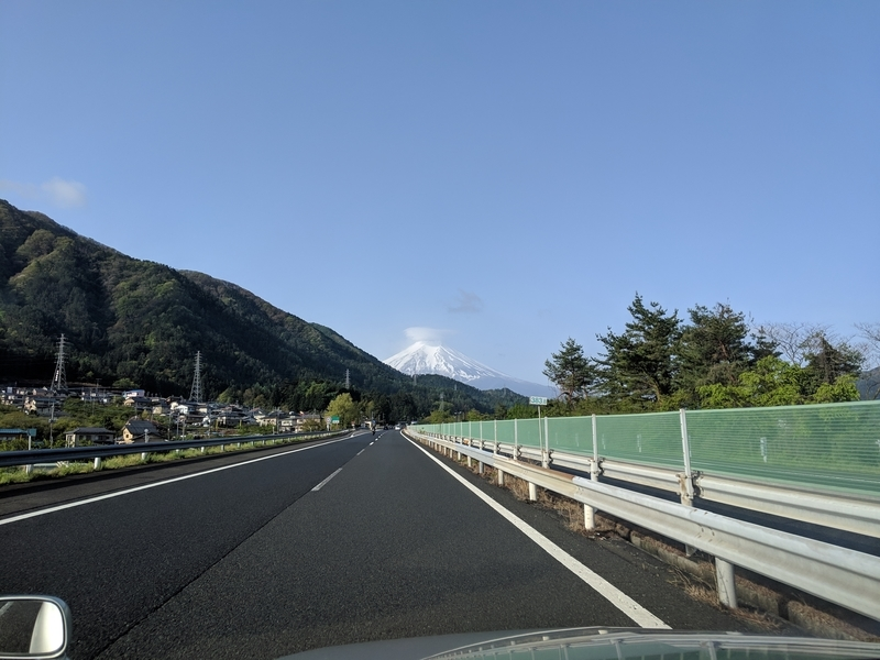 中央道から見える富士山