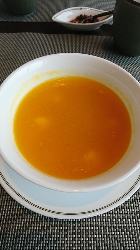 琥珀宮 スープ