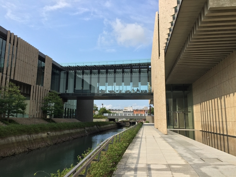 長崎県立美術館外観