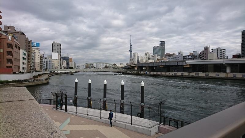 新しくなった隅田川テラス、両国橋西詰