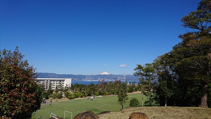 初島から富士山