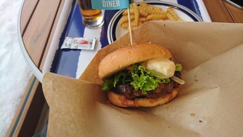 A-FACTORYのハンバーガー