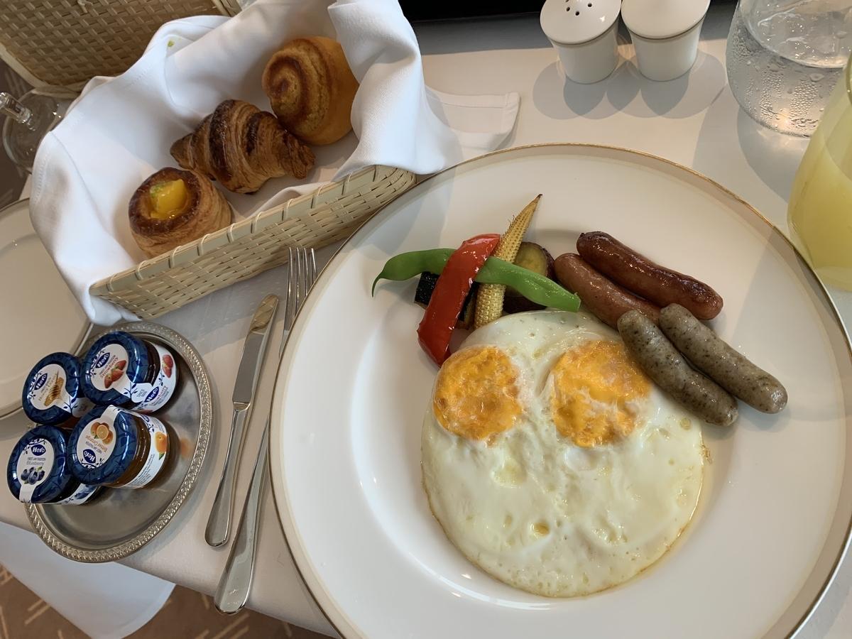 いちょう定食、アメリカンブレックファースト、オークラ東京、朝食、ルームサービス