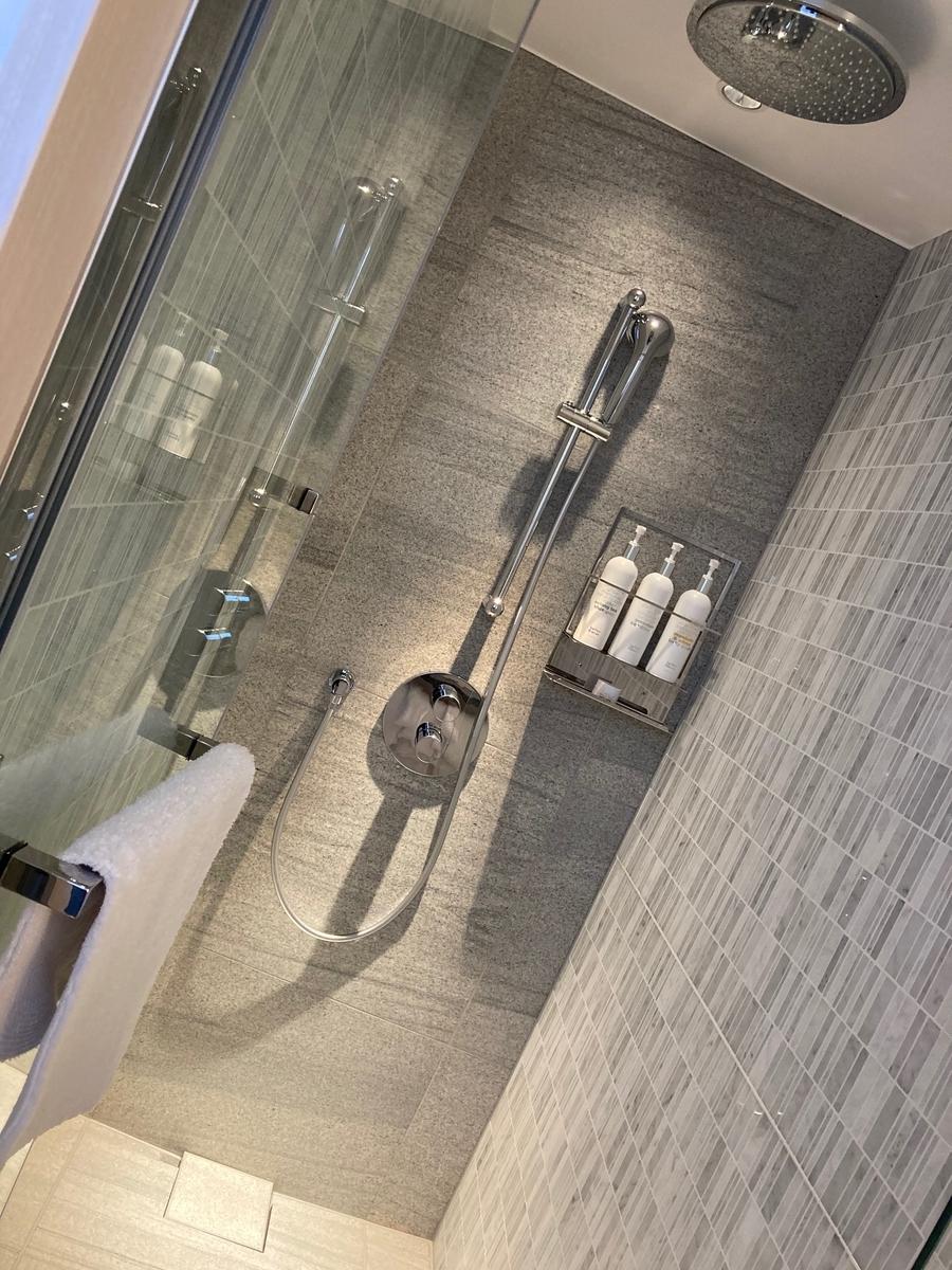 キンプトン、バスルーム、シャワールーム