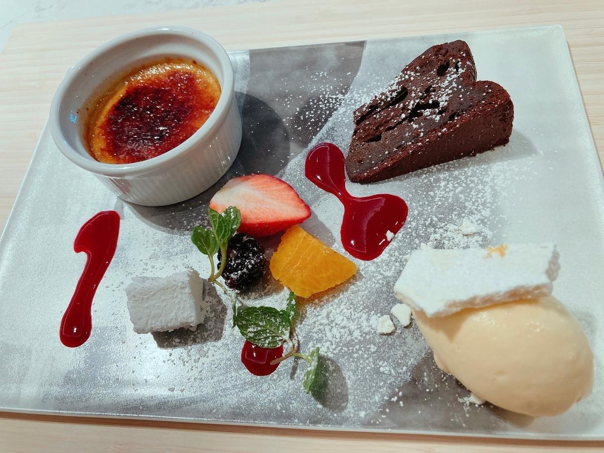 フレイザースイート赤坂、モダンジャパニーズ、デザート盛り合わせ、MOSS、ホテルデザート