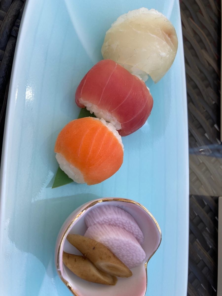 桜小箱、東京プリンスホテル、テラスカフェ、お寿司