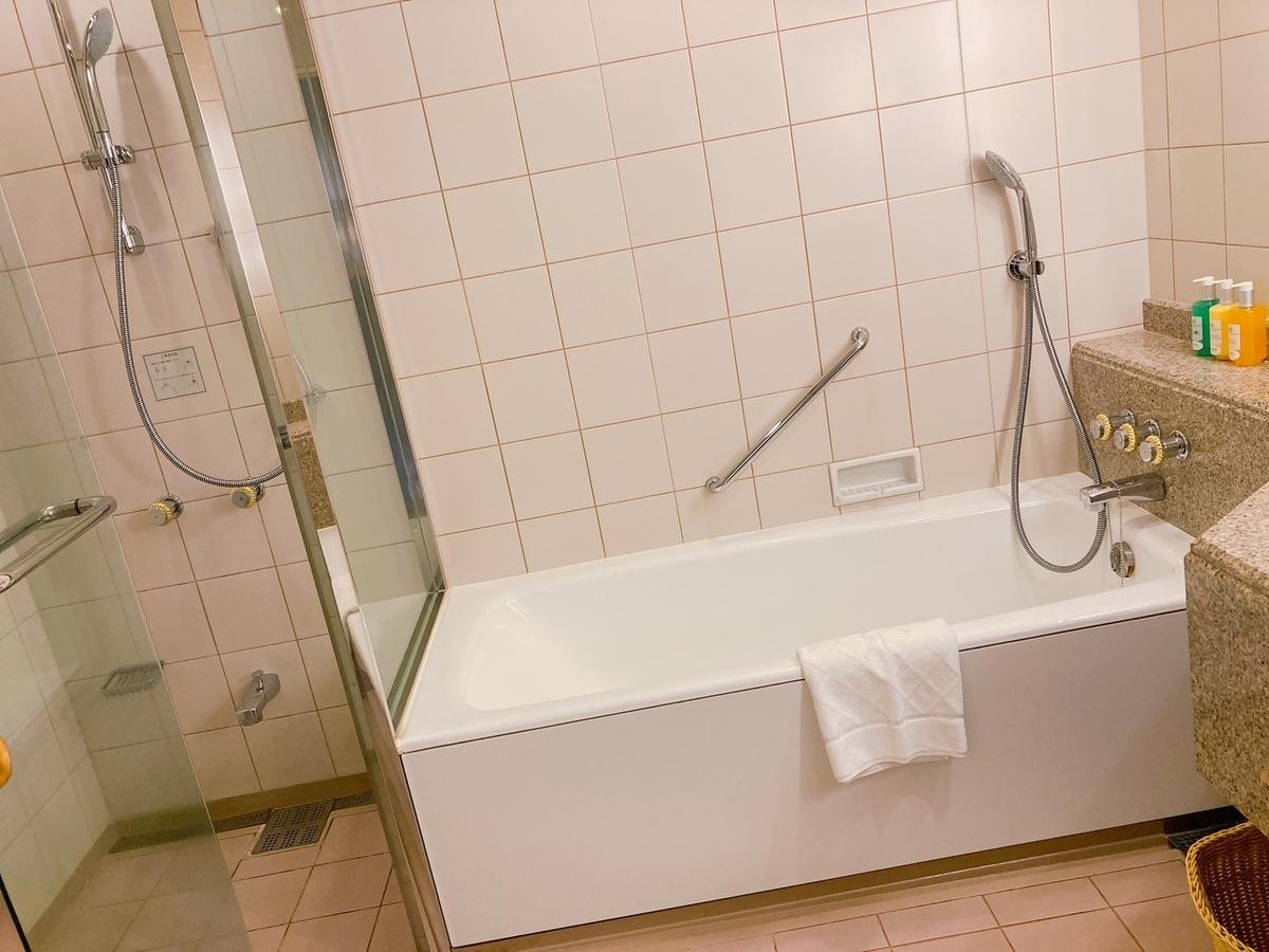 横浜ロイヤルパークホテル、ランドマークタワー、お風呂、バス