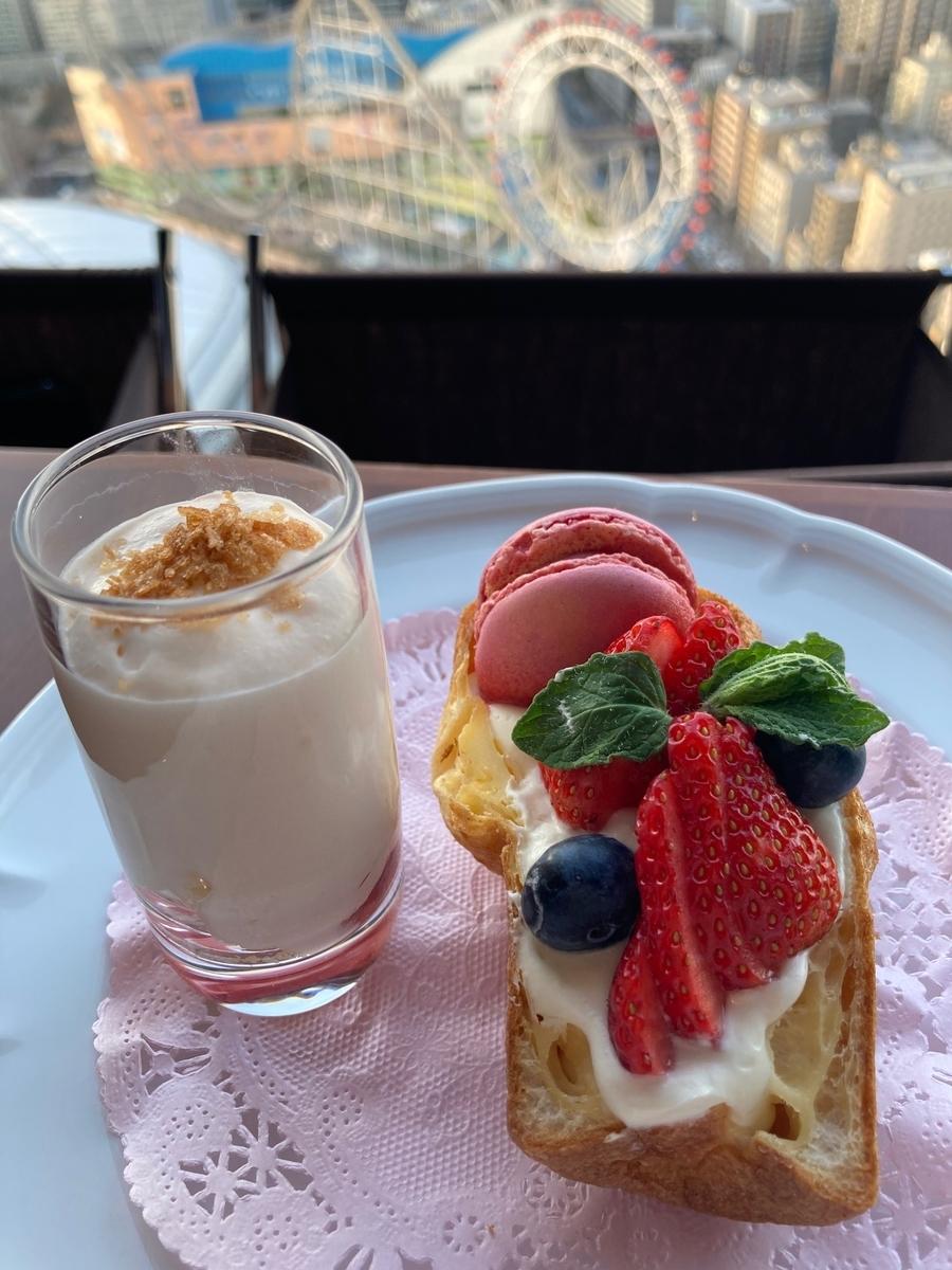 苺、ポップオーバー、アフタヌーンティー、アーティストカフェ