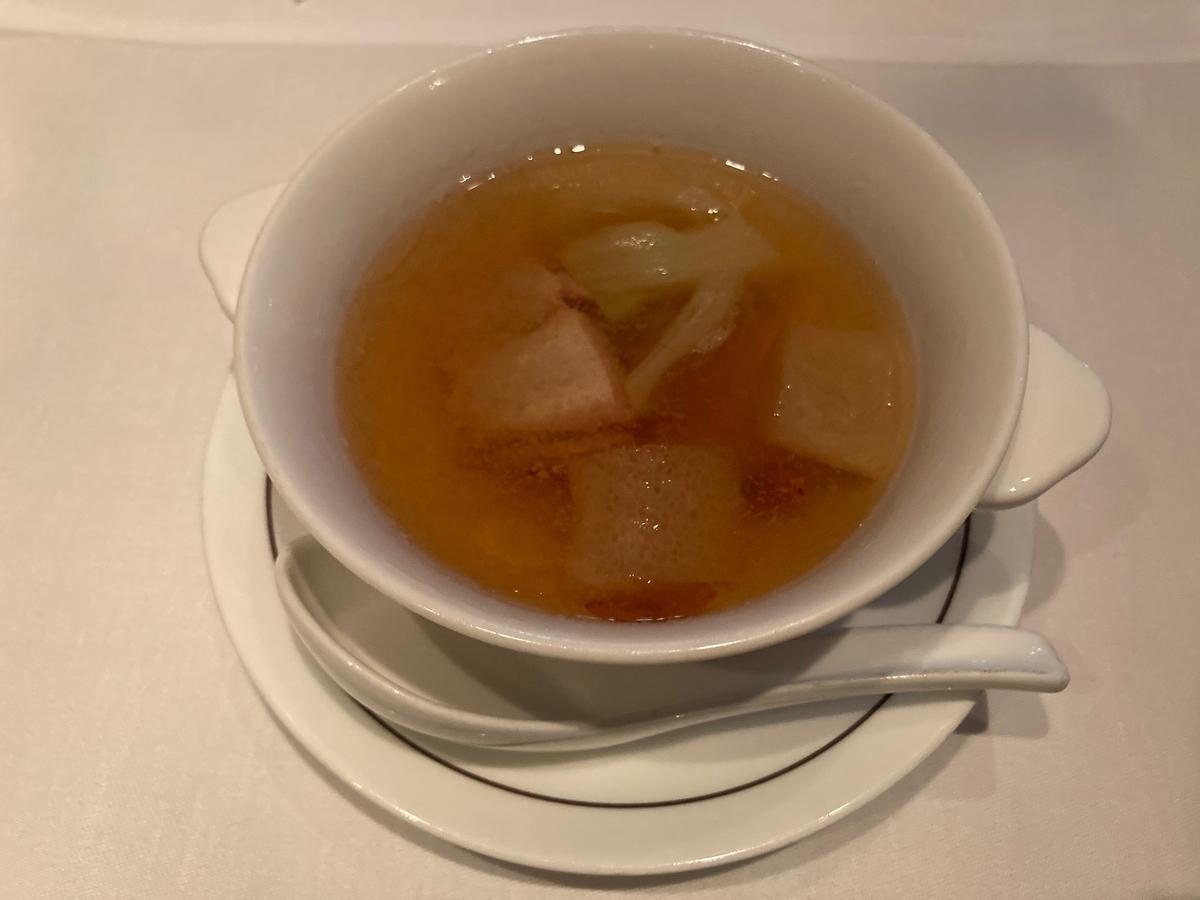 地鶏、衣笠茸 、スープ、ヘイフンテラス