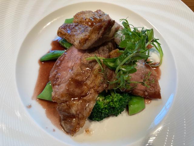 豚ロース肉、アンカー東京、肉料理、