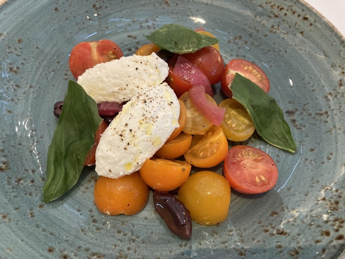 トマトとリコッタチーズのサラダ、アペタイザー、ザステーキハウス