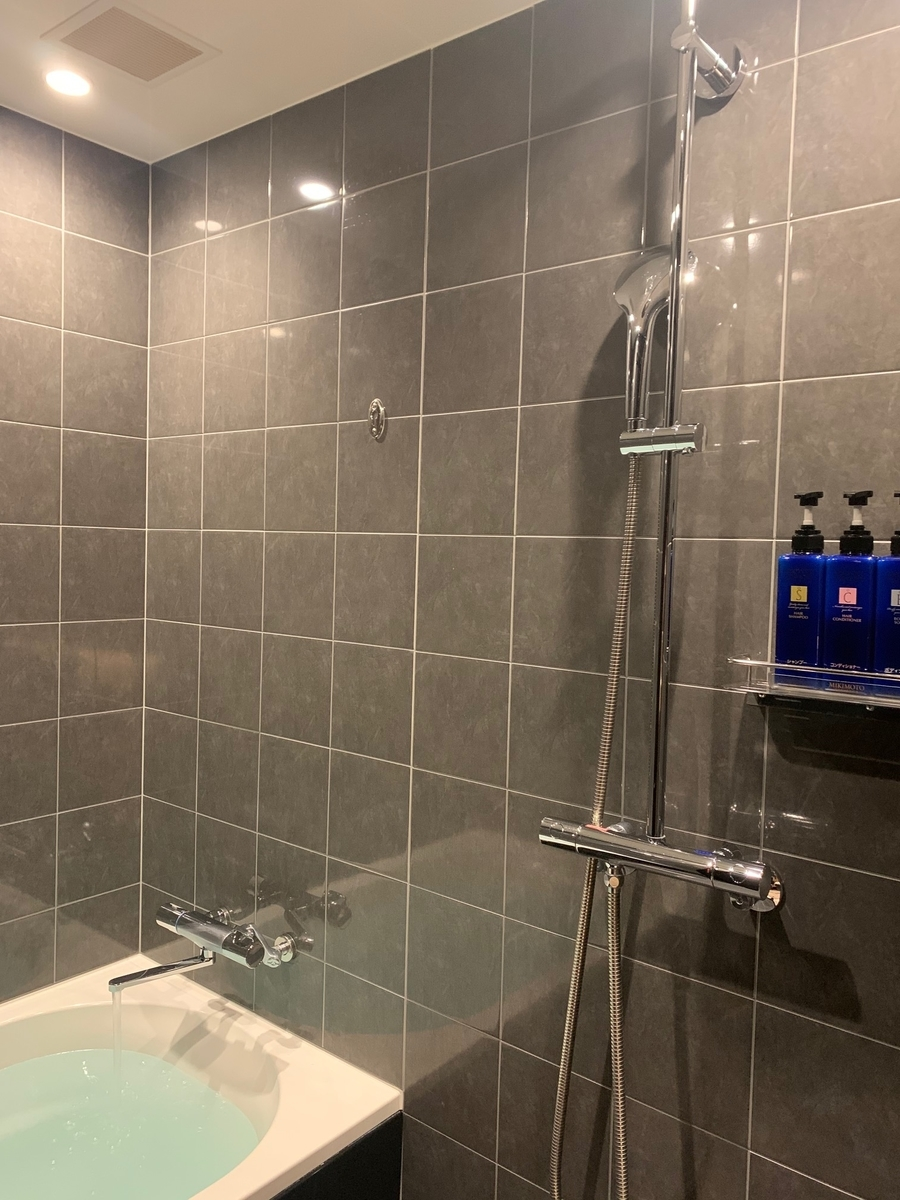 お風呂、浴槽、シャワー室