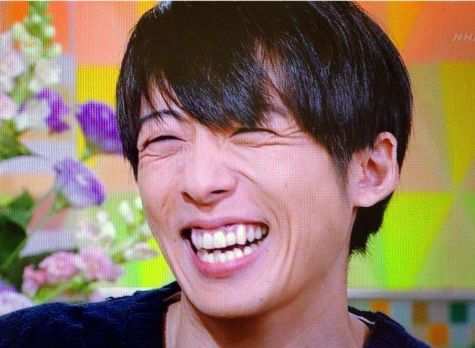 高橋一生2015年の歯並び