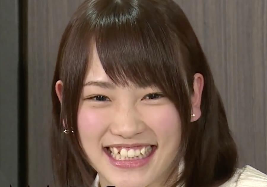 川栄李奈2013年5月の歯並び