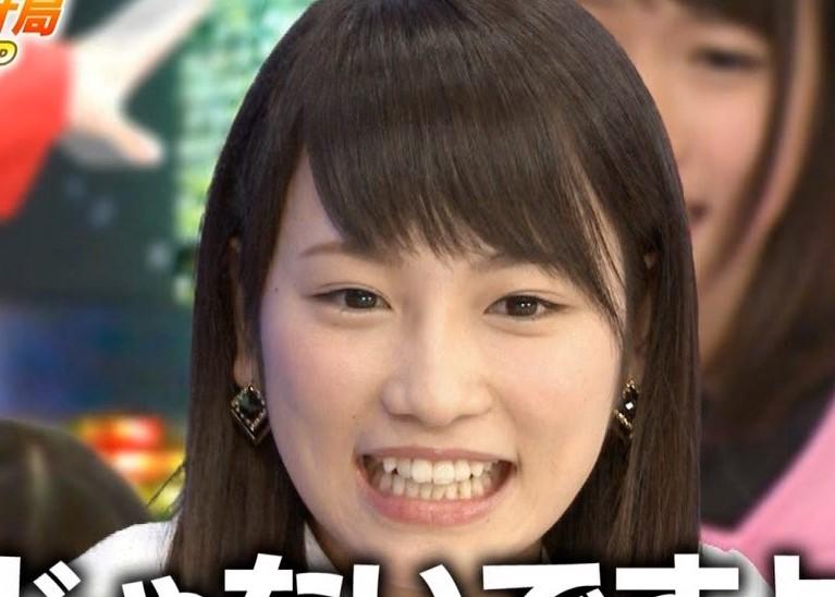 川栄李奈2015年8月の歯並び