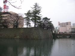 福井城址 内堀を眺めて