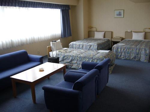 八百治博多ホテル客室