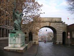 ウィーン門、入ったところから