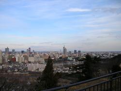 仙台駅方面を眺めて