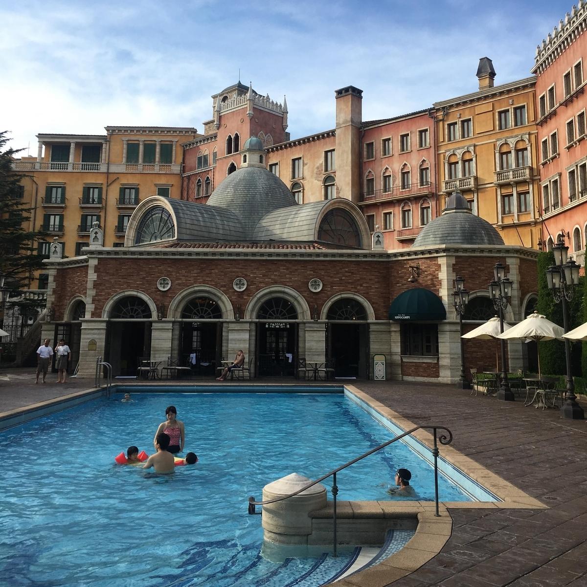 ホテルミラコスタのプール「テルメ・ヴェネツィア」