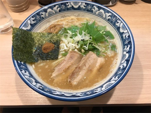 f:id:yoshimie:20181210002601j:image