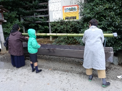 寒川神社手水舎、工事中