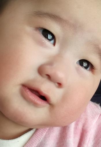赤ちゃん泣いた後の変顔