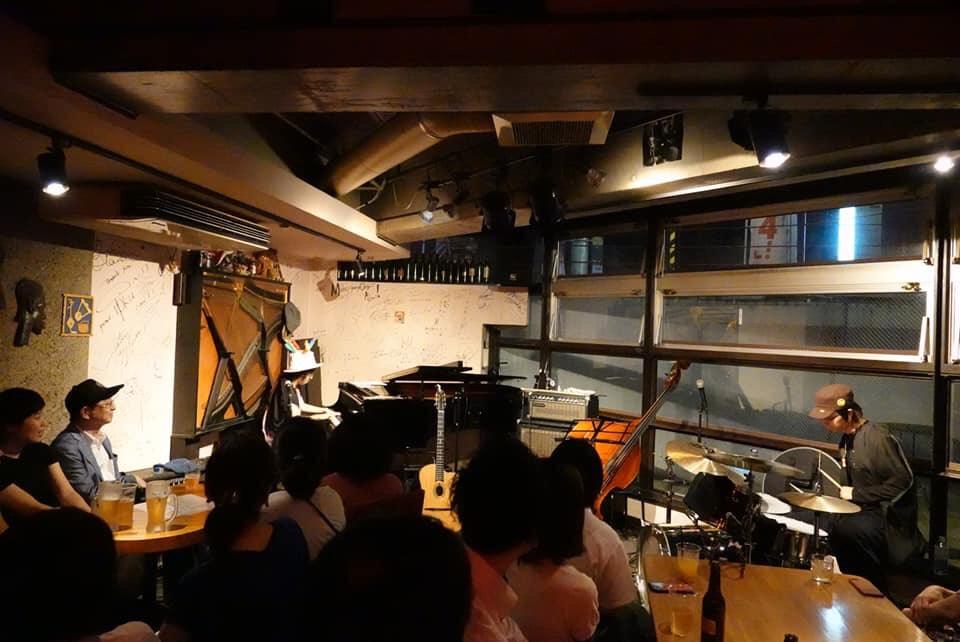 f:id:yoshizawa_yoshizawa:20180824202637j:plain
