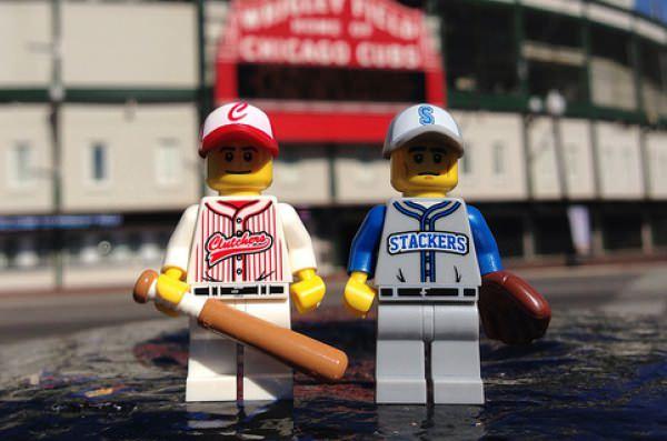 野球のレゴミニフィグ画像
