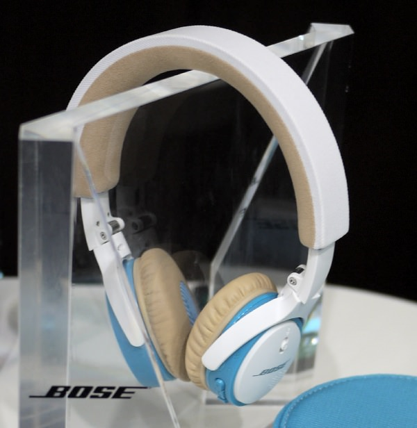 Bose SoundLink on-ear Bluetooth headphones タイトル画像