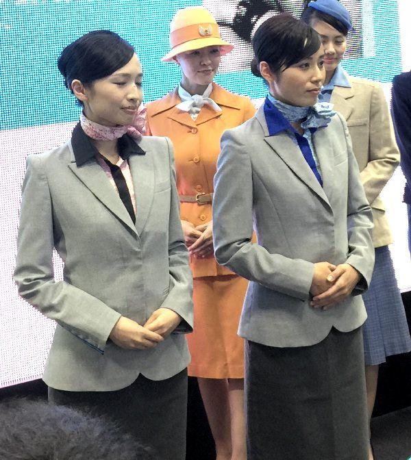 ANA新制服  10代目 上半身画像