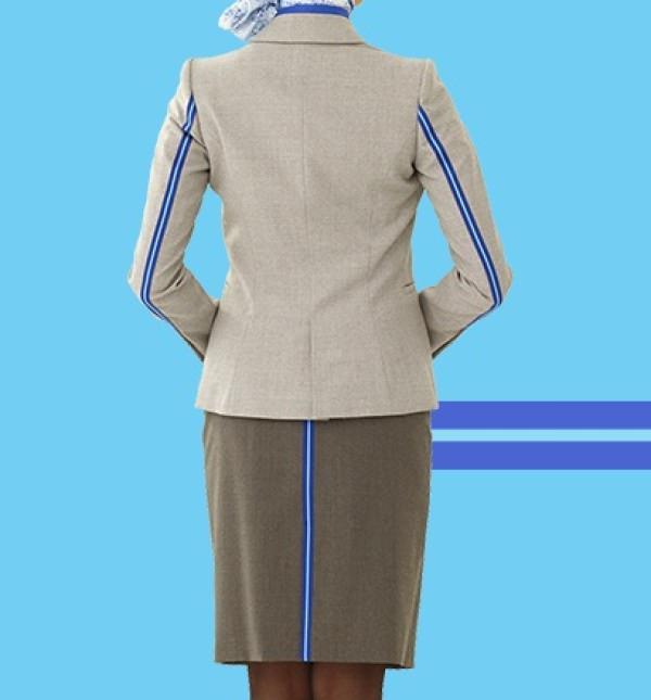 ANA 公式サイト 新制服の後ろ側