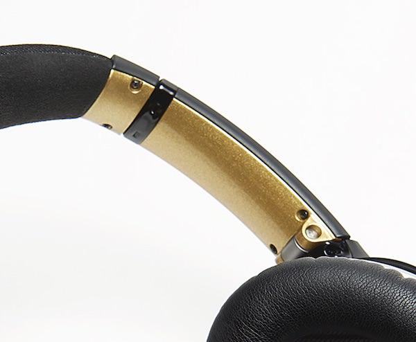 ボーズ QuietComfort 25「MAKI-E」モデル 両脇の金色部分
