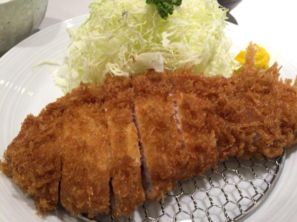 丸山吉平のロースカツ定食 ご飯と味噌汁付き