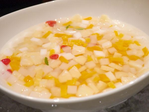 杏仁豆腐とバーベナ・イチゴ