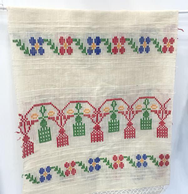 ルーマニアの織物