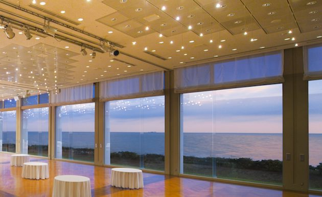 鎌倉プリンスホテル バンケットホール七里ヶ浜からの景色