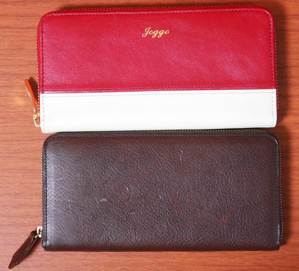 JOGGOの女性向けラウンドファスナー財布との大きさ比較