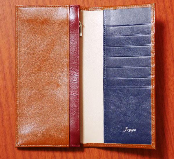 JOGGOの本革長財布を開いた内側の様子