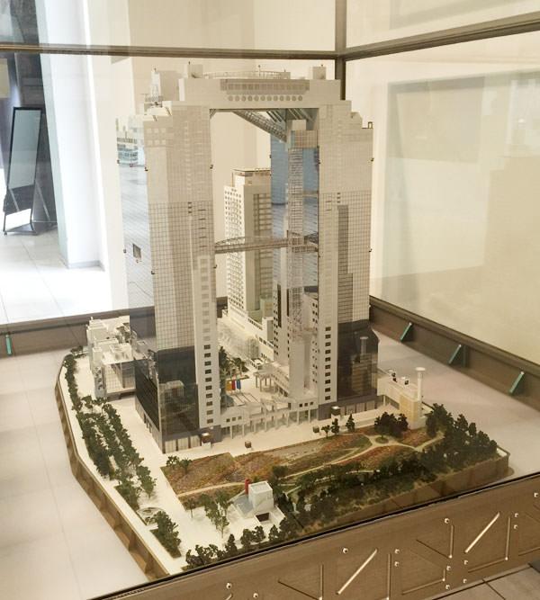 スカイビルの模型も展示されていた