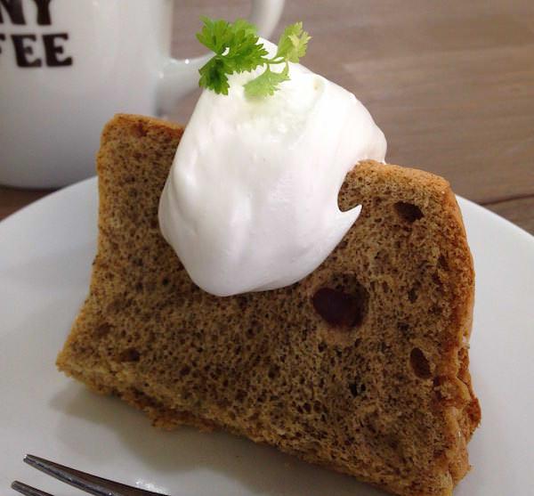 豆乳きな粉シフォンケーキ