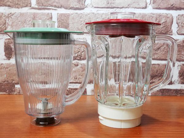コンパクトガラスブレンダーとコンパクトブレンダーカップ部分の大きさを比較