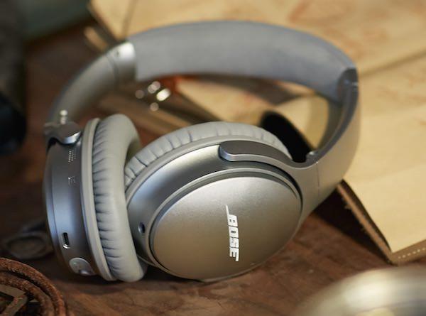 QuietComfort 35 wireless headphones 製品画像