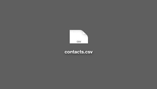 「contacts.csv」というファイル名で書き出される