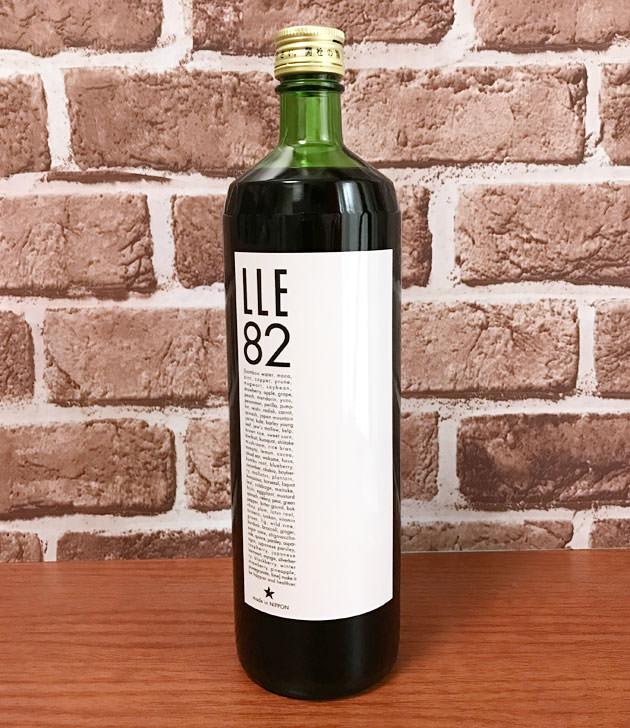 LLE82 酵素ドリンク ボトルの全体画像