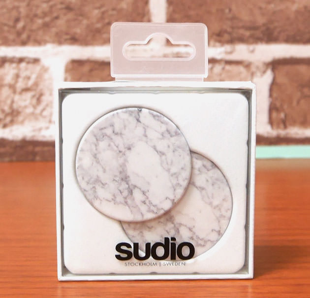 Sudio REGENT WHITE 用のヘッドフォンキャップ White Marble