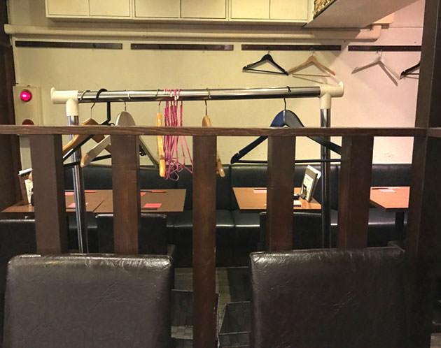 店内は狭い 座席数は30席